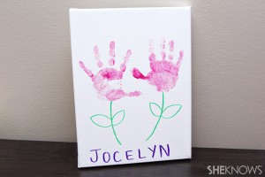 hand-print-canvas-mothers-day-craft