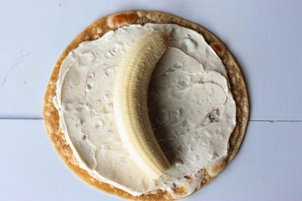 закуска палачинка банан